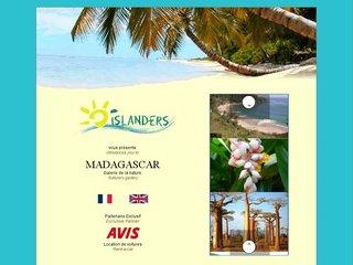 http://www.islanders-voyages.com/